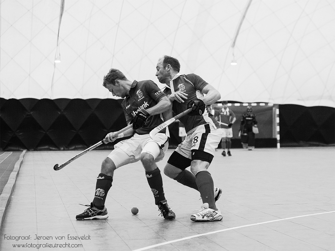 Kampong Heren 1 vs Kampong All Stars (Opening Kampong Hal) 24-11-2018 IMG_8949 (30x40) Black&White (Website)